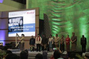 Read more about the article Peringatan Hari Pendidikan Nasional: Merayakan Guru Bangsa