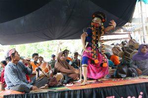 Read more about the article Ki Warsad Menuturkan Kisah Ciri Khas Topeng Indramayu dalam Cerita Panji