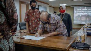 Read more about the article Serah Terima Jabatan Pejabat Administrator dan Pengawas di Lingkungan Direktorat Jenderal Kebudayaan
