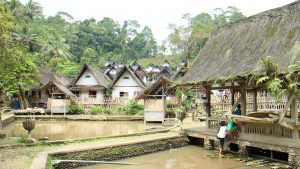 Read more about the article Kearifan Lokal dan Tradisi di Kampung Naga Tasikmalaya