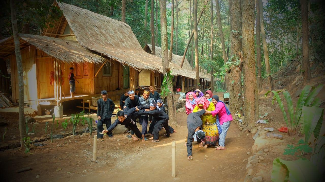 Read more about the article Cisamaya Kampung Pasundan, Tonjolkan Jejak Kehidupan Masyarakat Sunda
